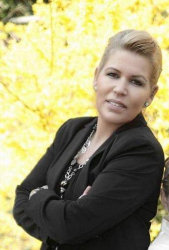 Höffner, Nicole